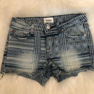 HUDSON DISTRESSED SHORTS
